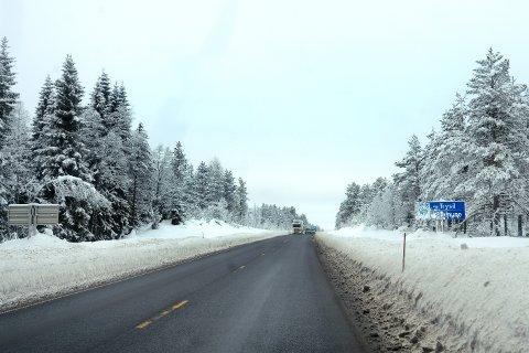 KJETTING: Statens vegvesen vil at lastebiler må være beredt på å bruke kjetting når føret er vanskelig på Trysilvegen.