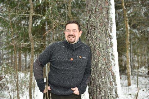 SELGE SKOGEN: Lars Erik Rønningen har fått en nyopprettet stilling i Skogselskapet i Hedmark som prosjektmedarbeider