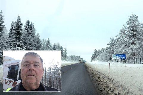 SJÅFØR: Tomas Evensson lot tømmertransportbilen stå fredag morgen da han mente det var uforsvarlig å ferdes på det glatte føret på Trysilvegen.