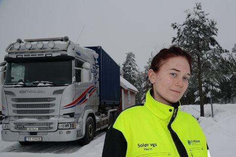 GLAD: Det var en glad Maria HOltet som fik beskjed om å ta kontakt med Espeland Transport i Alvdal.