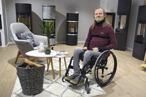 VIKTIG: – Med en funksjonsassistent kan jeg og andre som meg søke jobb på lik linje med funksjonsfriske, sier Norodd Johansen.