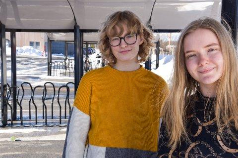 STREIKER FOR KLIMAET: Leder i Natur og Ungdom Hedvig Sandsdalen Mytting (tv) og styremedlem  Amanda Louise Bjørnstad Straume vil streike for å få handling som bedrer klimaet.