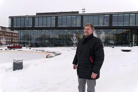 TIL HAMAR KULTURHUS?: Hamars kultursjef Morten Midtlien vil gjerne ha Musikk i Innlandet til byens påkostede kulturhus. (Foto: Jo Espen Brenden)