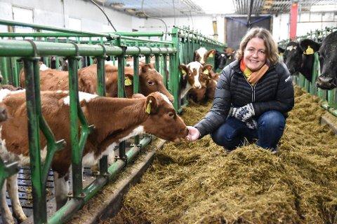KRAV: Mandag overleverer bondeorganisasjonene sitt krav til staten i årets jordbruksoppgjør. Bildet viser leder i Hedmark Bondelag, Elisabeth Gjems.