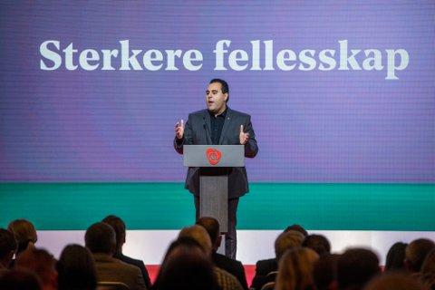 Masud Gharahkhani er leder for Arbeiderpartiets migrasjonsutvalg.