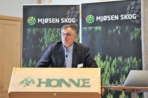 KLAR: Leder i valgkomiteen i Mjøsen skog, Jon Grunde Roland, har igjen landet på Terje Uggen som ny styreleder.