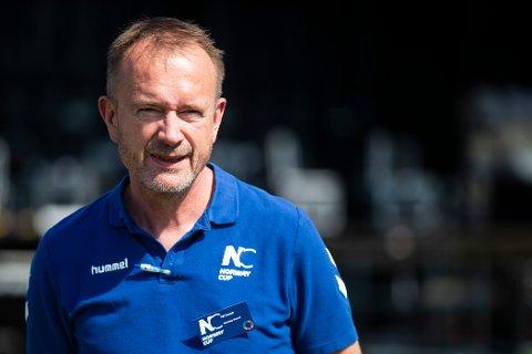 VARMT: Generalsekretær Pål Trælvik i Norway Cup. Det innføres nå væsketiltak for spillerne under fotballturneringen.