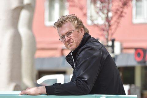 UFORMELL ARENA: Lars Dølbakken var utekontakt fram til tjenesten ble nedlagt 1. november i fjor. Utekontakten traff ungdom ute, på gata, på fritida.