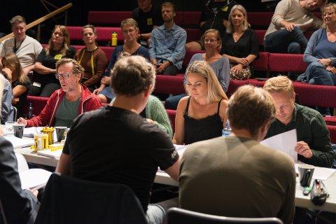 ENDELIG HJEMME: Matilde Solbakken under leseprøvene til «Den enfaldige morderen», som har premiere på Teater Innlandet i oktober.