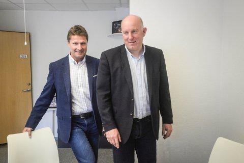 NY BANK: Tore Halvorsen og Øystein Snuggerud i Næringsbanken har etablert kontor i Elverum.