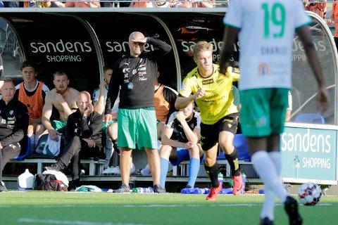 HamKam-trener Gaute Helstrup fikk se sitt lag være flere hakk for små i oppgjøret mot Aalesund. Bildet er tatt ved en tidligere anledning. Foto: Tor Erik Schrøder / NTB scanpix