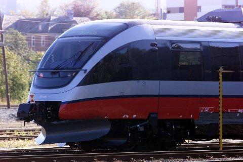TOG: Det kan bli dyrere for togbillettene.