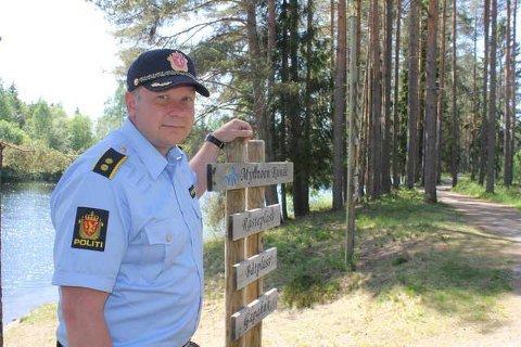 TAR KARANTENEBRUDD PÅ ALVOR: Mathis Briskerud, leder for Solør-politiet, er i dialog med kommuneoverlegen om eventuelle brudd på karantenereglene.
