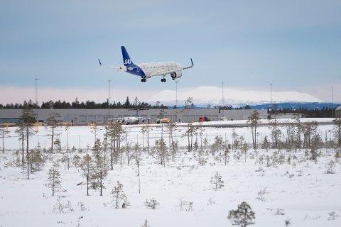SOMMERSATSING: Til tross for koronaen lanserer Scandinavian Mountains Airport AB nå sin sommersatsing.