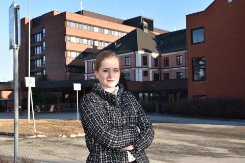 AKSEPTERER IKKE: Emilie Enger Mehl sier Senterpartiet ikke aksepterer at sykehuset i Elverum ikke skal være et akuttsykehus.