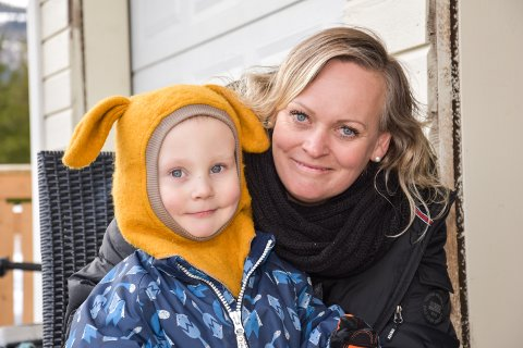 BRA NÅ: Mor Isabelle Magnesdatter Sundstøl (40) ble stresset da det plutselig ble tomt for medisinen som sønnen Emmanuel Georg Sundstøl Andersen (3) bruker.