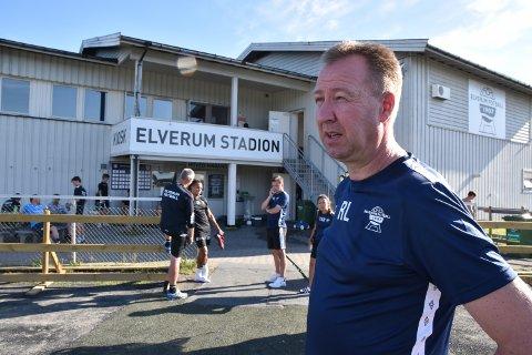 TREKKER SEG: Rune Larsen har vært administrativ leder for A-laget i seks år, men valgte i likhet med Tore Fossum å trekke seg fra sitt verv med umiddelbar virkning tirsdag kveld.