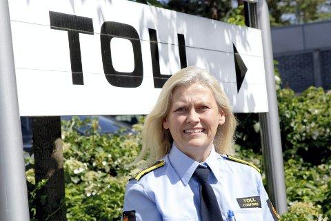 Fungerende seksjonssjef ved Tolletaten, Kjersti Bråthen oppfordrer folk til å tenke seg om.