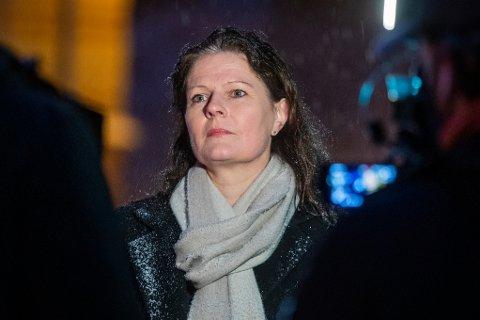 STÅR PÅ SITT: Helse Sør-Øst-direktør Cathrine M. Lofthus, er klar på at fylkespolitikerne har støttet hovedsykehuset og målbilkdet det fører med seg.