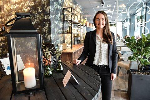 STØTTE: Hanne Slettjord Tømte er glad for at menge tar til orde for å støtte de eksisterende spisestedene i Elverum