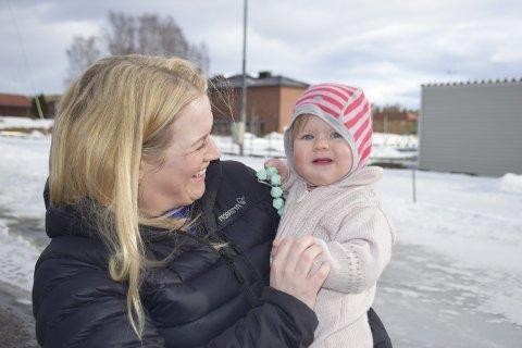 LØSTE SEG: Karianne Engebakken (32) i Elverum har et meget turbulent år bak seg, der hun både har lagt ned bedriften sin, fått veslejenta Sonja og fått ny jobb.