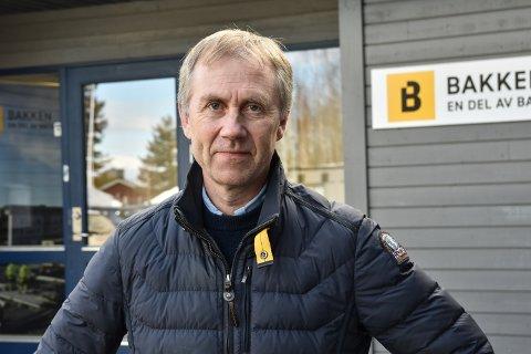 VIL KOMME I GANG: Administrerende direktør i Martin M. Bakken, Øystein Nordal, ser fram til å komme i gang med byggingen av Stange ungdomsskole.