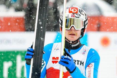 SØLV: Robert Johansson tok sølv i storbakkerennet i ski-VM.