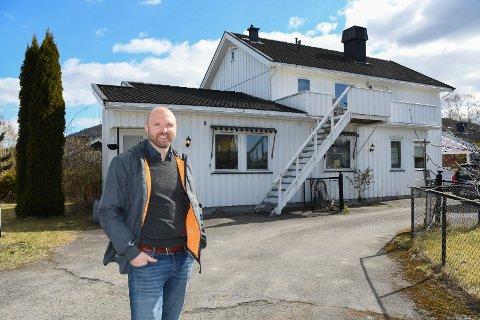 Klar for stort prosjekt: Ole Anders Lagmandsveen slo fra seg tanken om å pusse opp egen bolig i Brumunddal. Han har istedet valgt å satse på leiligheter.