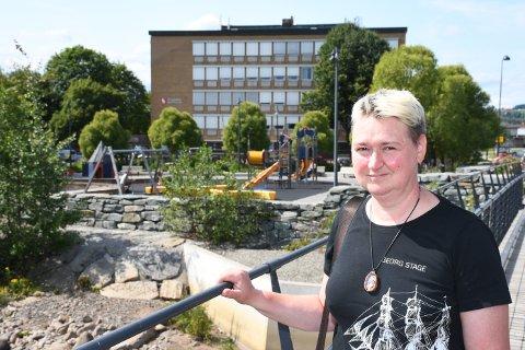 FØLTE SEG GLEMT: Inna Solum fikk lønn, men hadde knapt nok arbeidsoppgaver i Ringsaker kommune.