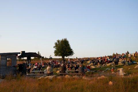 200 PÅ FJELLFEST: Både fredag og lørdag var det 200 festivaldeltakere på Heme dine i Engerdal.