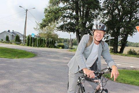 Reidar Gotteberg (MDG) sykler mye, og vil at det skal være lettest mulig for folk flest å benytte sykkelen istedenfor bilen.