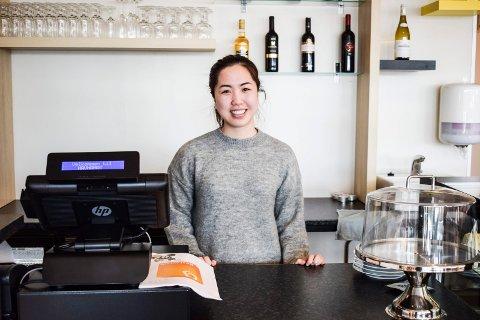 EIER: Christina Huynh er klar til å ta imot kunder på Havna Mat.