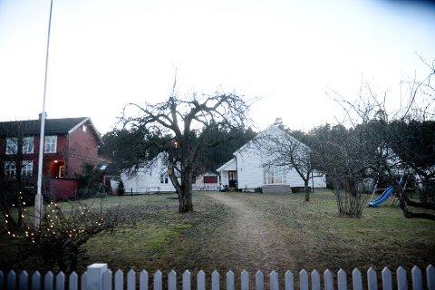 På denne tomta ønsker eierne å bygge et nytt hus på egen fradelt tomt.