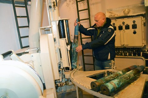 FORNØYD: Halvard Asperheim er glad for at Færder kommune valgte å overta den siste av de tre Bofors-kanonene som står på Østre Bolærne.
