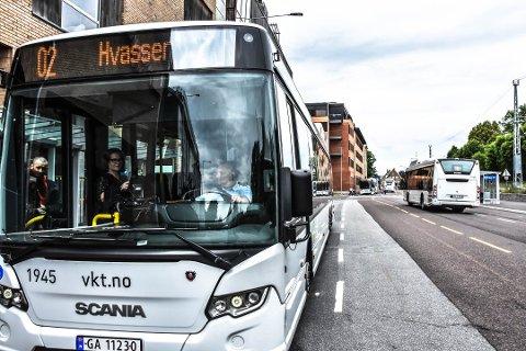 En bekymret far etterspør flere busser som faktisk er i rute mellom Torød og Strengsdal.