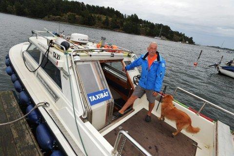 SØKER OM DISPENSASJON: – Det er ikke en god plass å ha båt, men et sted må jeg ha den, sa Rune Hübner. Nå har han fjernet fortøyningsbøyen.