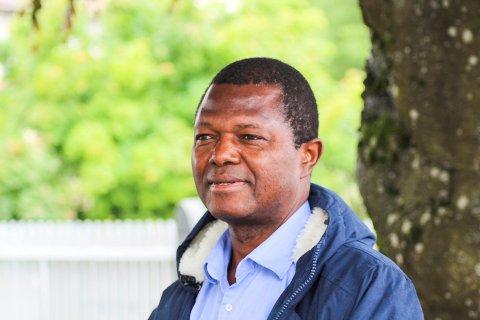 Muctarr Koroma er opptatt av bolig, arbeidsplasser og promotering.