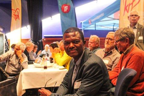 – SAMTALENE FORTSETTER: Muctarr Koroma forteller at det ikke er konsensus blant sentrumspartiene.