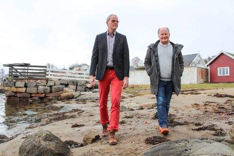 Jon Sanness Andersen og Pål Syse i Arbeiderpartiet vil foreslå mer oppfølging av boplikten i tidligere Tjøme kommune og utredning for Nøtterøy inn mot budsjettbehandlingen før jul. Syse har tro på flertall.