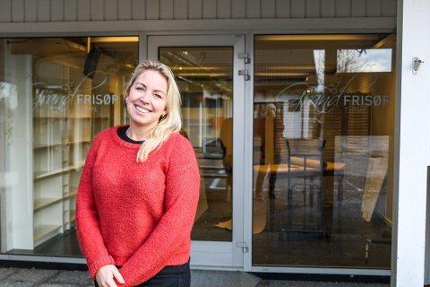 – HÅPER SMÅBEDRIFTENE OVERLEVER: Linda Larsen Vassbotn er i dag glad for at hun ikke rakk å åpne «Kafé Larsen» før korona-viruset hadde sitt inntok på øyene.
