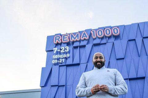 TRIVES: Logithasan Raman overtok som daglig leder av butikken på Tjøme i september i fjor.