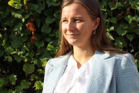 Karoline Aarvold i Høyre mener fylket må lære av Færder når det kommer til et team som jobber mot skolefravær.