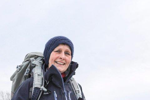 Anne Grimstad Fjeld reagerte kraftig på at ordfører Jon Sanness Andersen har fått vaksine. Selv er hun kreftsyk og har stilt mange spørsmål rundt vaksinering av risikogrupper.
