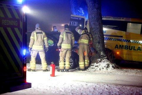 Nødetatene fikk på kvelden den 31. januar melding om en trafikkulykke i Ørsnesalleen på Teie.