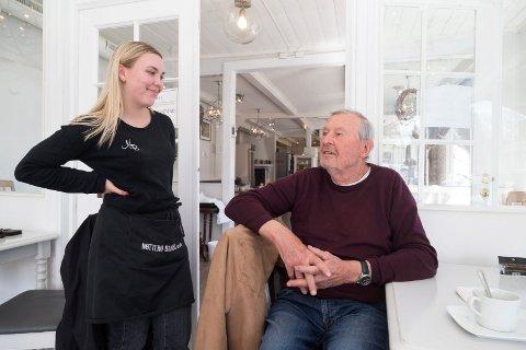 - Godt å se dere igjen, sier Maria Vedvik til Tore Gjølstad.