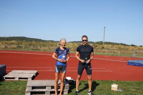 Årets løpere ble disse to: Kirsti M. Johnsen og Thomas Skadal.
