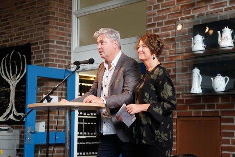 Litteraturgarasjen aka. Per Erik Buchannan Andersen og Astrid Borchgrevink Lund.