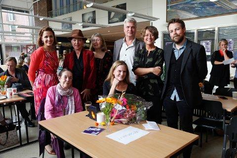 Bak f.v.: Monika Lønnebakke, Geddy Aniksdal, Margit Kiland, Per Erik Andersen, Astrid Borchgrevink Lund og Torbjørn Røe Isaksen.