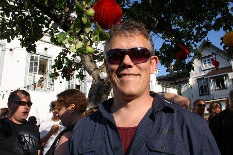 Musiker, trommis og kulturskolelærer Stig Sjøstrøm fra Stathelle har lært musikken til Dream Theatre å kjnenne gjennom musikkelevene sine.