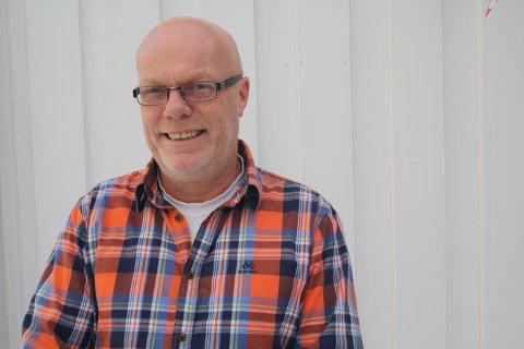 Terje Haukedal er styreleder i Brevik Idrettslag. Han regner med at dersom det blir asylmottak på tidligere Korvetten hybelhotell, så vil idrettslaget lage noen aktiviteter som tilbud til flyktningene.